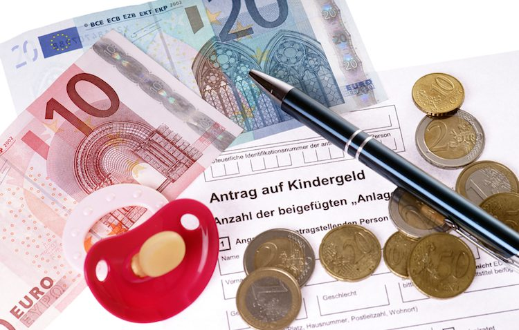 Kindergeld 2016/2017 | © panthermedia.net / photographyMK
