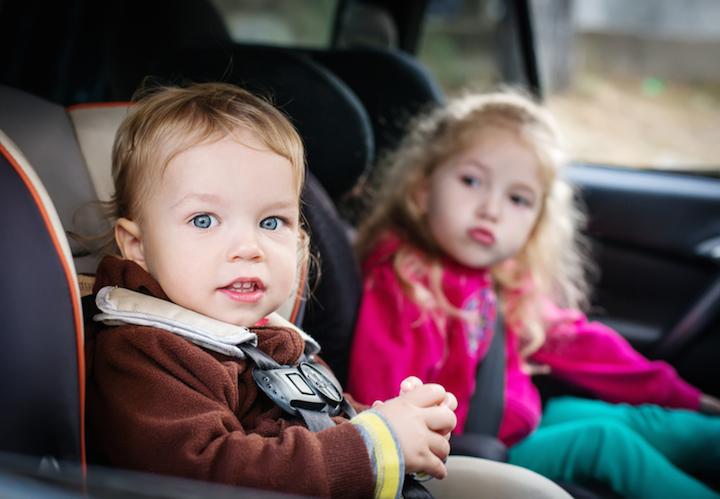 Mit den Kids im Familienauto | © panthermedia.net /marchibas