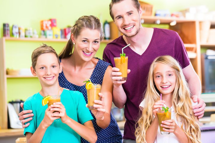 Fit in den Frühling mit Smoothies | © panthermedia.net /Arne Trautmann