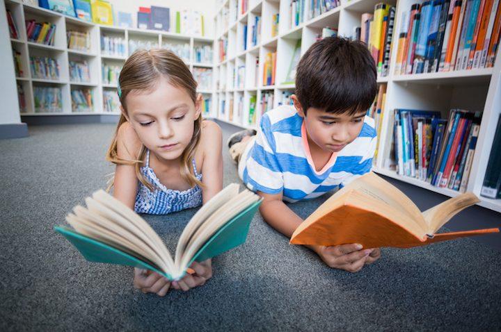 Lesen im Grundschulalter | © panthermedia.net /Wavebreakmedia ltd