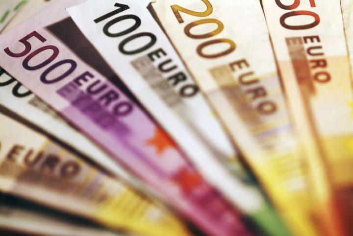 Geldscheine, Euro | © panthermedia.net /enduro