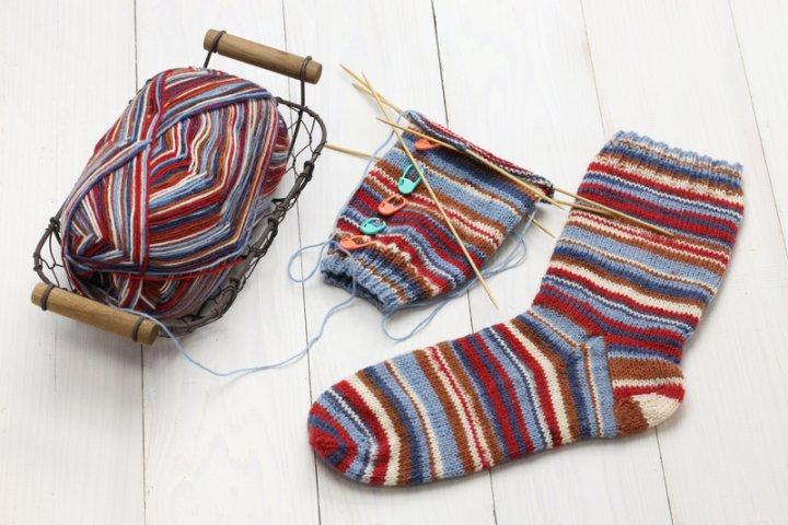 Baby Socken selber stricken | © panthermedia.net /asimojet